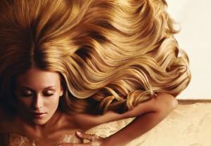 за волосами 300x208 - Какие волосы в моде?