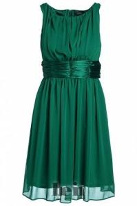 63896 unkn1 199x300 - Каким цветам в одежде отдать предпочтение в 2013 году