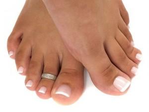 20 300x225 - Педикюр: секреты летнего ухода за ногами