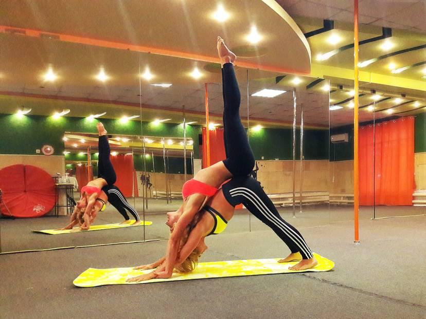 Parnaya yoga Balakovo - Танцы на шесте в Балаково: Pole Dance - Пилон