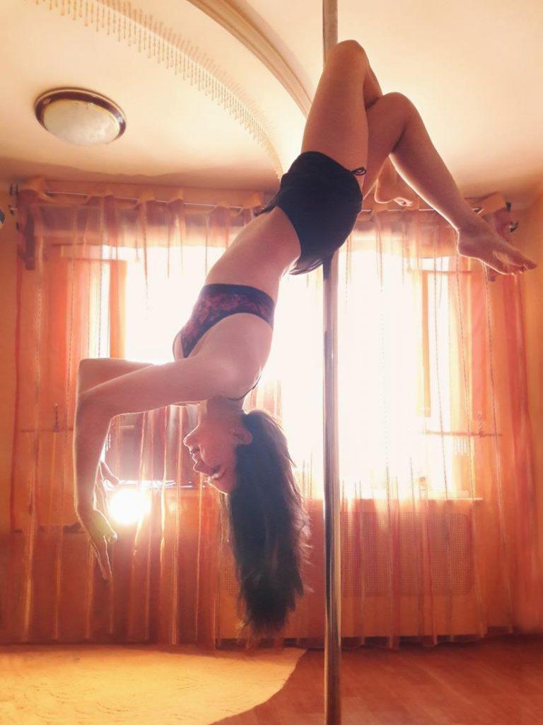 Pilon Balakovo Katya 768x1024 - Танцы на шесте в Балаково: Pole Dance - Пилон