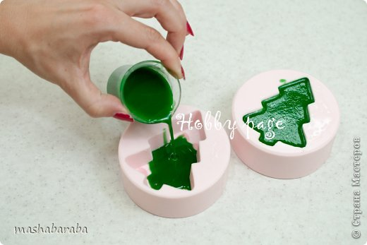 izgotovlenie myla yolochki7 - Мастер-класс по изготовлению мыла ёлочки со звездами и ёлочки с бантами