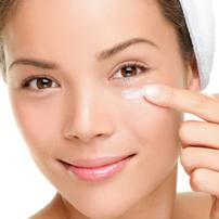 Эффективная и недорогая методика борьбы с морщинами вокруг глаз