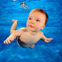 Как рыба в воде: учим ребенка плавать в бассейне